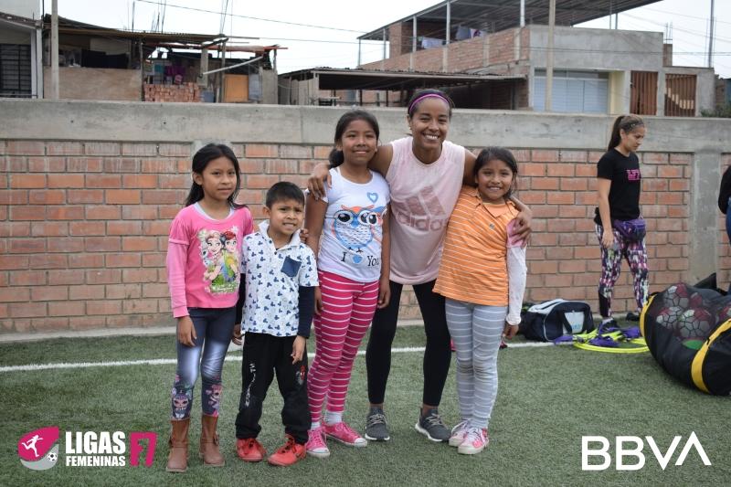 lf7 niñas mujeres